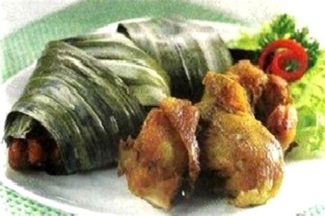 Seafood pak jari sudah menjadi salah satu kuliner legendaris dan terkenal di kota semarang. Resep Ayam Goreng Pandan   i-Kuliner