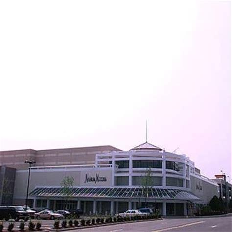 Garden State Plaza Hollister by Westfield Garden State Plaza Shopping Centers Paramus