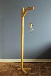 Luminaire Sur Pied : comment fabriquer une lampe sur pied avec un liteau diy ~ Nature-et-papiers.com Idées de Décoration