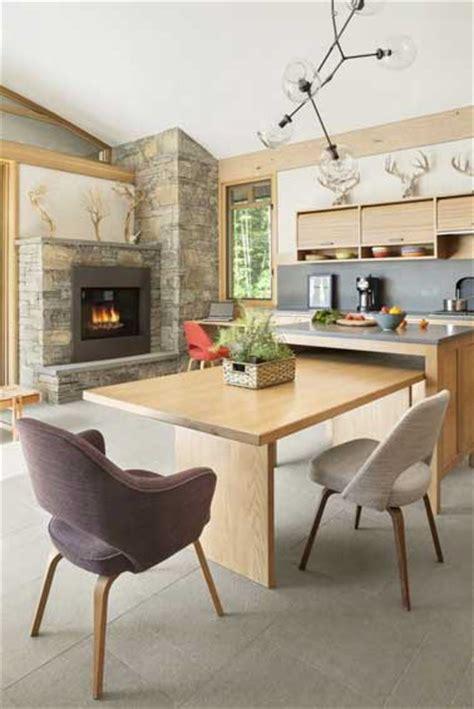cuisine moderne bois clair grand coin repas dans une cuisine moderne en bois clair