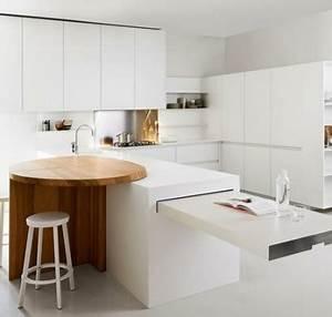 Kleine Küchen Mit Essplatz : kleine k che einrichten moderne funktionelle k chenl sungen ~ Bigdaddyawards.com Haus und Dekorationen