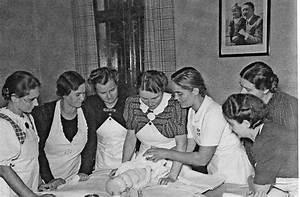Haus Der Familie Stuttgart : 100 jahre haus der familie in stuttgart die m tterschule ~ A.2002-acura-tl-radio.info Haus und Dekorationen