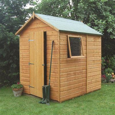 Shiplap Garden Sheds - this rowlinson premier 7x5 apex garden shed is built using
