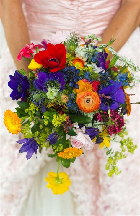 17 Wildflower Bouquet Must Have For Summer Wedding