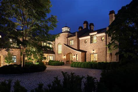 tom brady  gisele bundchens boston mansion
