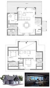 Small House Open Floor Plan with Vaulted Ceiling