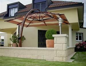 Grand Parasol Déporté : arcobaleno un grand parasol d port haut de gamme ~ Teatrodelosmanantiales.com Idées de Décoration