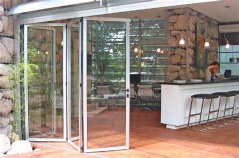 alutecnic puertas plegadizas cerramientos de vidrio ventanas corredizas