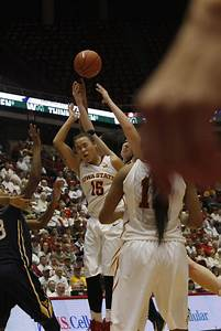 WOMEN'S BASKETBALL: West Virginia falls to Iowa State ...