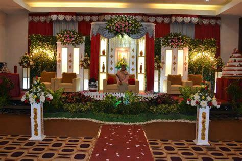 paket rias  dekorasi  fajar wedding organizer