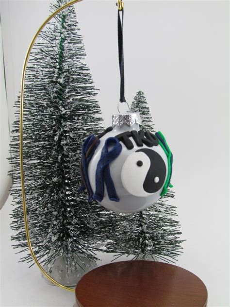 tae qan do christmas ornaments taekwondo ornament by clayholiday on etsy 14 95 clay ornaments personalized