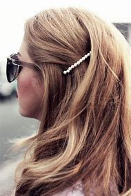 How to Curl Hair with Bobby Pins