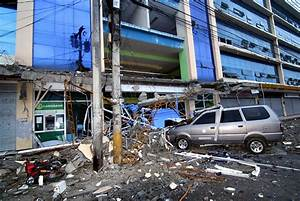 News in Photos: Aftermath of 6.7 magnitude quake in ...
