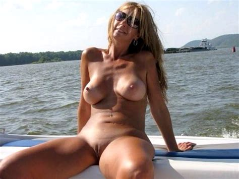 Thick Sexy Milf On A Boat Milf Luscious