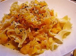 Spaghetti Mit Kürbis : pasta mit k rbis wei weinso e rezept mit bild ~ Lizthompson.info Haus und Dekorationen