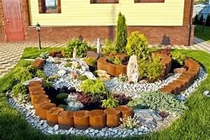 Gartengestaltung Mit Natursteinen : 1001 ideen zum thema blumenbeet mit steinen dekorieren ~ Markanthonyermac.com Haus und Dekorationen