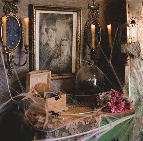 25+ Best Ideas About Haunted Mansion Decor On Pinterest