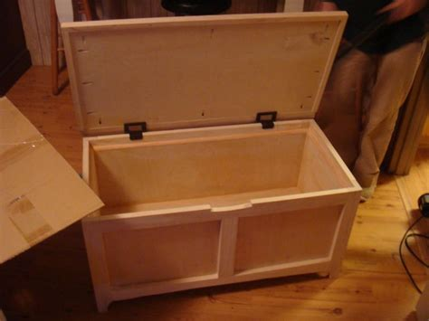 wooden toy box plans   woodworking projects plans