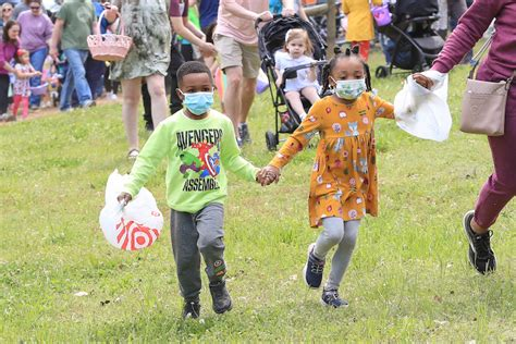 Families celebrate Easter at Helena Hollow Egg-stravaganza ...