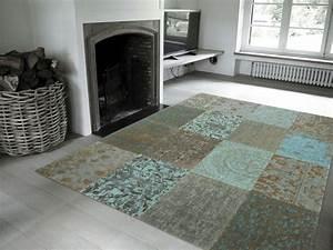 Schöne Teppiche Fürs Wohnzimmer : wohnzimmer teppiche bestimmen die atmosph re im raum ~ Whattoseeinmadrid.com Haus und Dekorationen