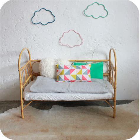 lit daybed rotin b 233 b 233 vintage atelier du petit parc