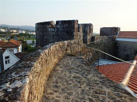 muralla: fotografía de Vila Nova de Cerveira, Viana do ...