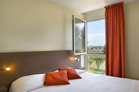 chambre avec vue hôtel restaurant luccotel accommodation lodging