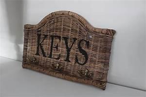 Strandhaus Münster Online Shop : schl sselhakenleiste keys aus rattan perfekt f r den ~ Watch28wear.com Haus und Dekorationen