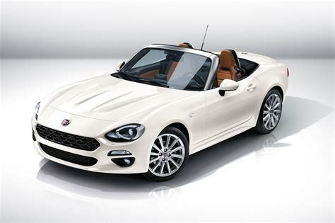 New Fiat Spider by Fiat 124 Spider Revealed At 2015 La Show Fiat S Mx 5
