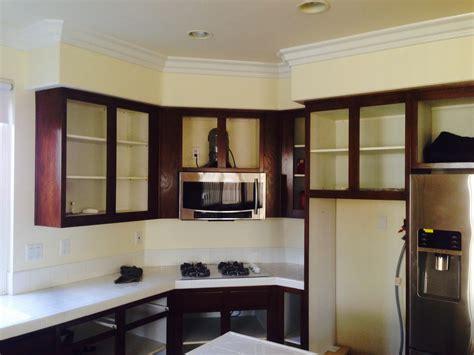 kitchen cabinet refinishers kitchen cabinet refinishing vrieling woodworks crown 2714