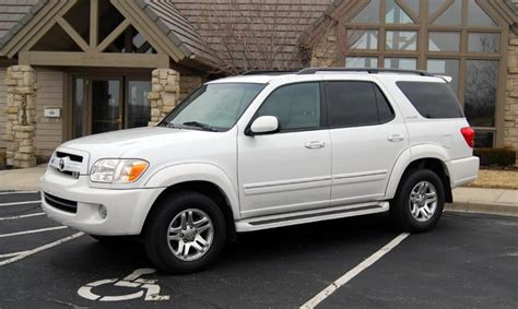 Toyota Sequoia 2005 by 2005 Toyota Sequoia Photos Informations Articles