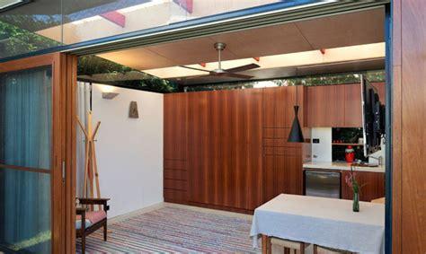 backyard studio packs loads  amenities   square