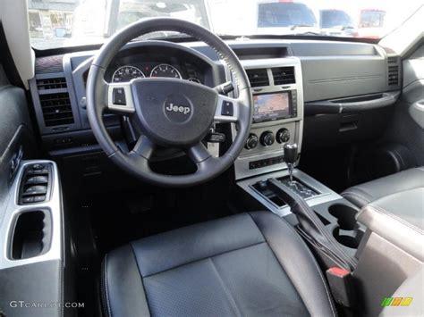 liberty jeep interior dark slate gray mckinley leather interior 2009 jeep