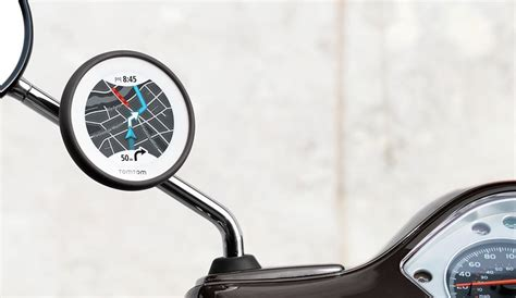 Tomtom S Navigation For Motorscooters The Tomtom Vio Tour On 2 Wheels