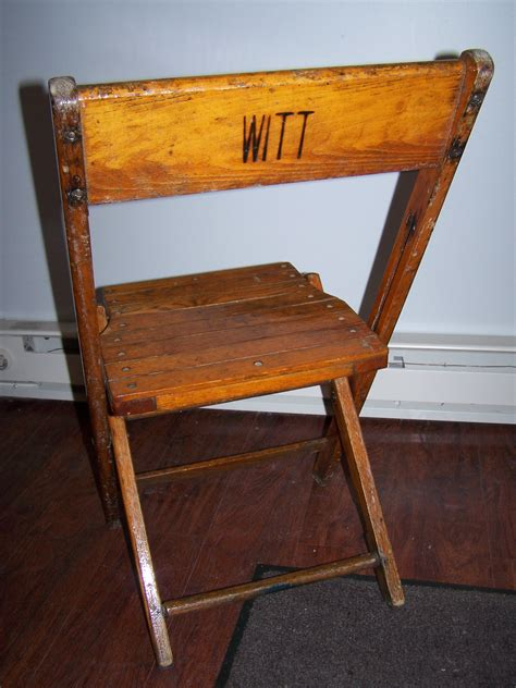wood folding chairs witt rental