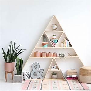 Etagere Murale Triangle : 20 id es pour fabriquer une tag re marie claire ~ Teatrodelosmanantiales.com Idées de Décoration