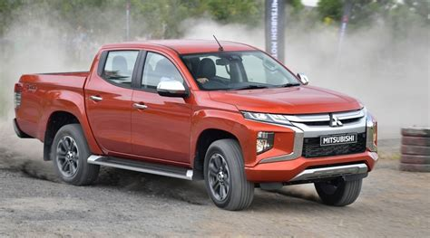 mitsubishi truck 2020 2020 mitsubishi l200 triton review interior 2020