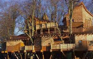 mansions designs treetop castles the duke of northumberland 39 s swanky