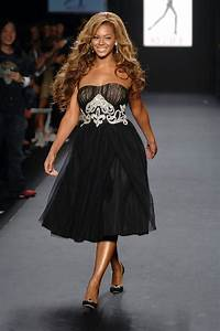 Beyonce Knowles In Fashion For Relief - Runway