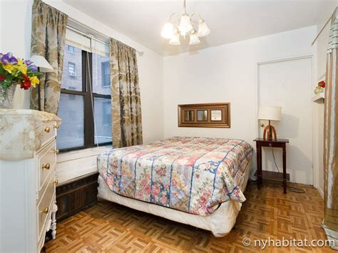 york roommate room  rent  forest hills queens