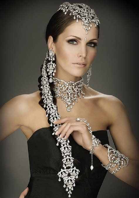 Indian Bridal Hairstyles: Accessories Fit For A Queen