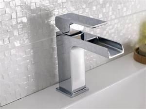 robinetterie de cuisine et salle de bain thermostatique With porte d entrée pvc avec robinet mural lavabo salle de bain