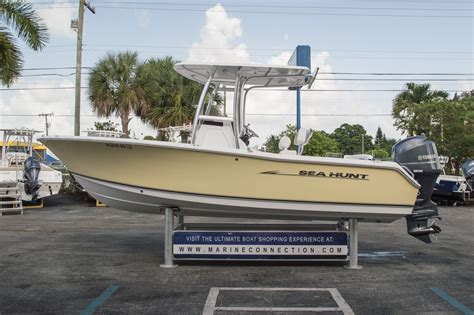 Sea Hunt Boats Ultra 211 by Used 2013 Sea Hunt 211 Ultra Boat For Sale In Vero