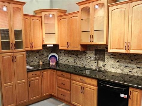 Kitchen Ideas With Oak Cabinets by Refinishing Honey Oak Kitchen Cabinets Ideas Kitchen