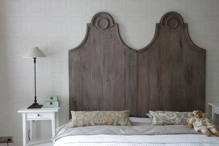 Painted Wood Headboards by How To Paint Wood Headboards Doityourself