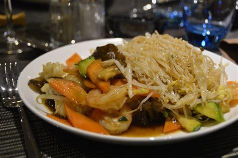 chaine de cuisine wok dynasty la chaîne de cuisine asiatique à volonté débarque à overijse