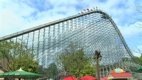 holiday world closes early due covid concludes