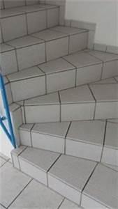 Heizungsrohre Verkleiden Laminat : geflieste treppe mit laminat verkleiden ~ Watch28wear.com Haus und Dekorationen