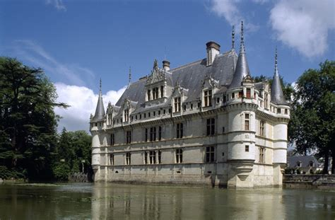 castle of azay le rideau shorts breaks in