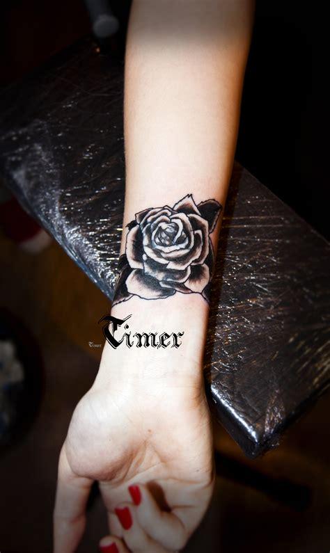 beautiful black rose tattoo images